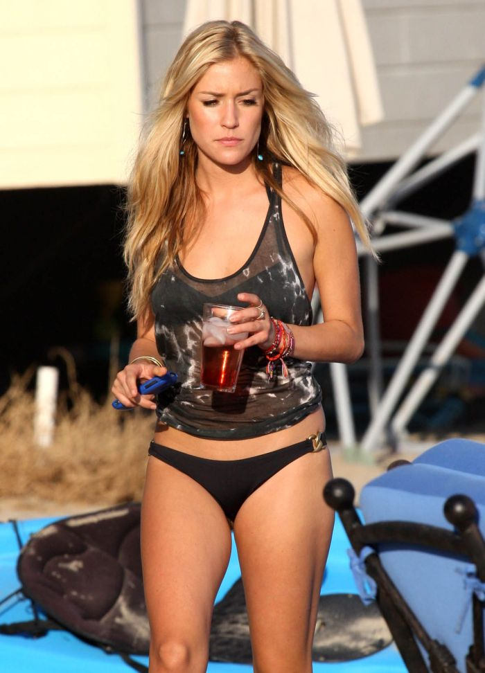 Kristin Cavallari in Bikini (9 pics)