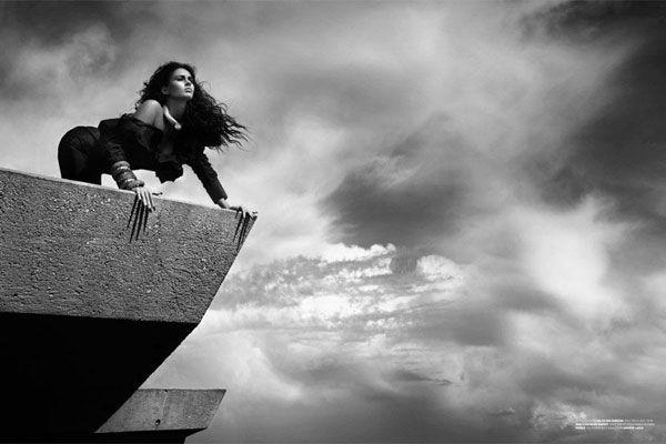 Megan Fox in Wonderland (12 pics)