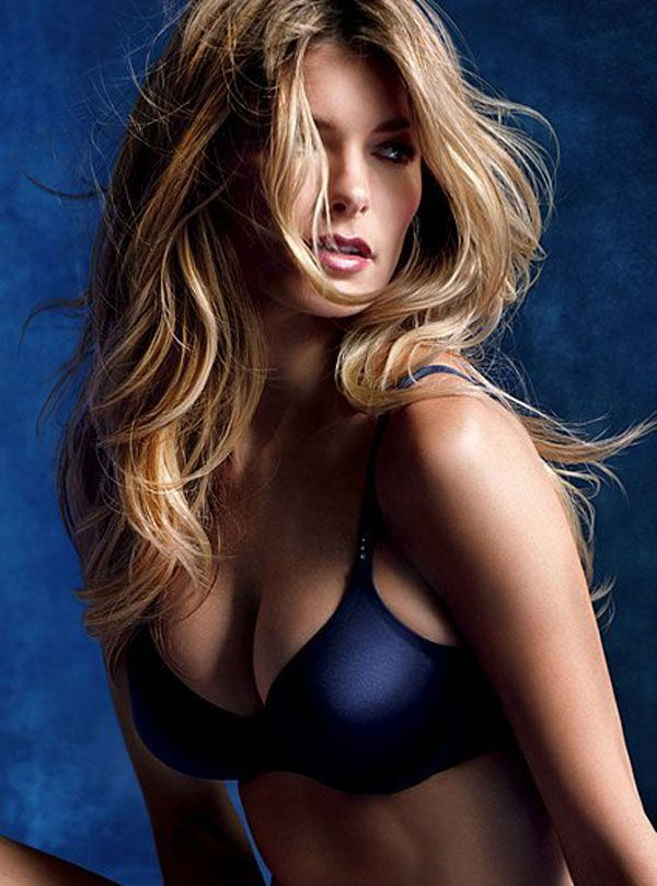 Marisa Miller in lingerie (8 pics)
