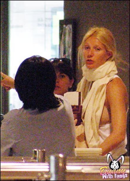 Gwyneth Paltrow (5 pics)