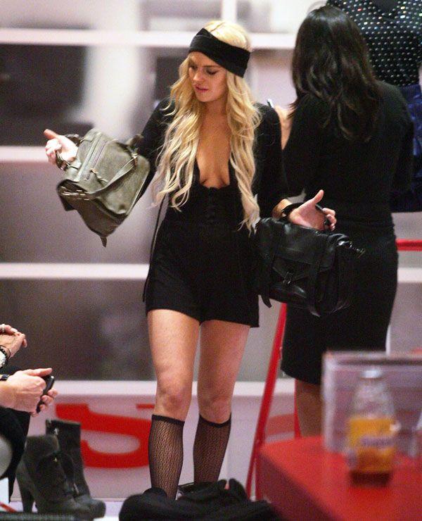 Lindsay Lohan (7 pics)
