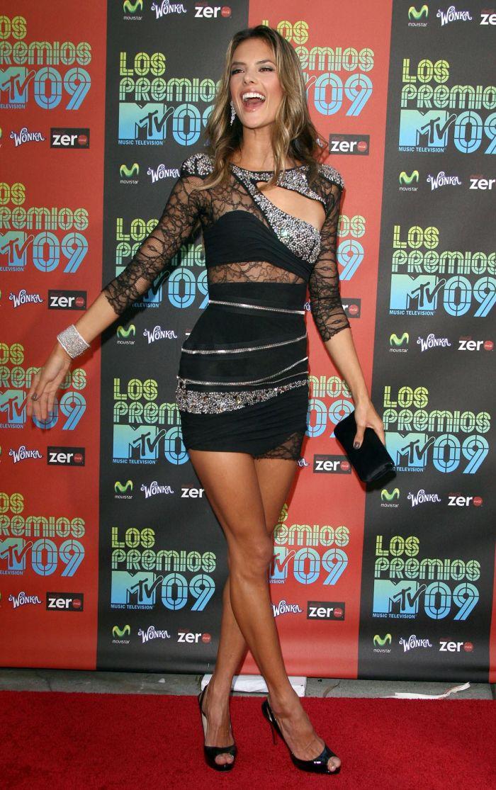 Alessandra Ambrosio (7 pics)
