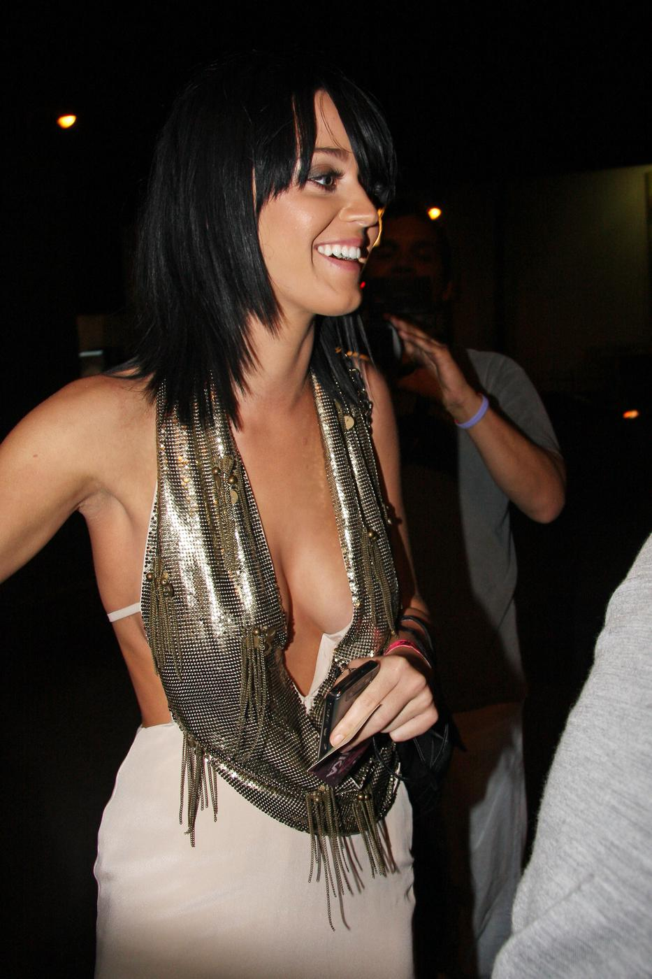 Katy Perry Looks Sexy Once Again (7 pics)
