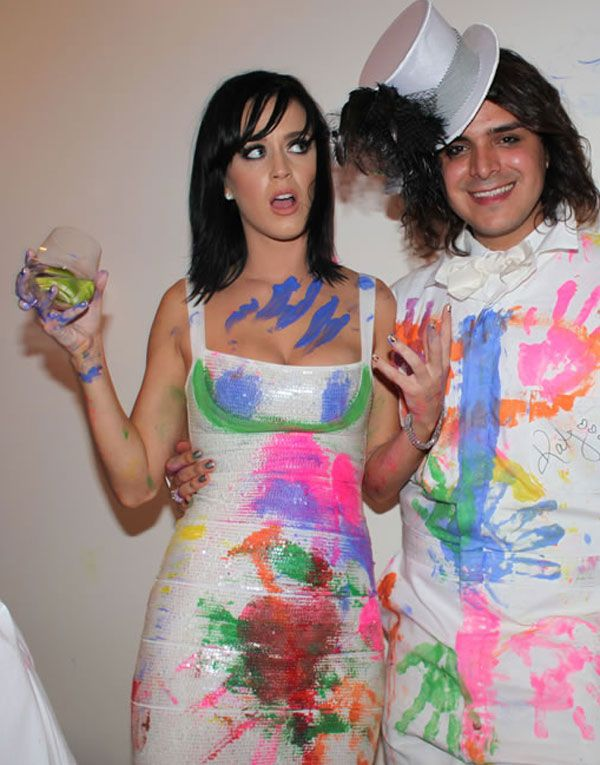 Katie Perry Looks Very Hot (9 pics)