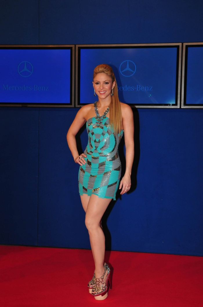 Shakira (7 pics)
