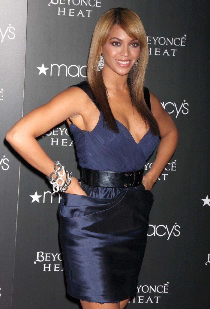 Beyonce (7 pics)
