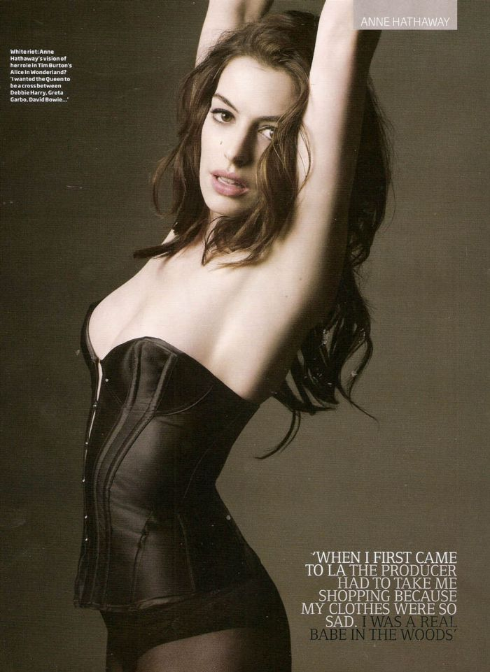 Anne Hathaway (7 pics)