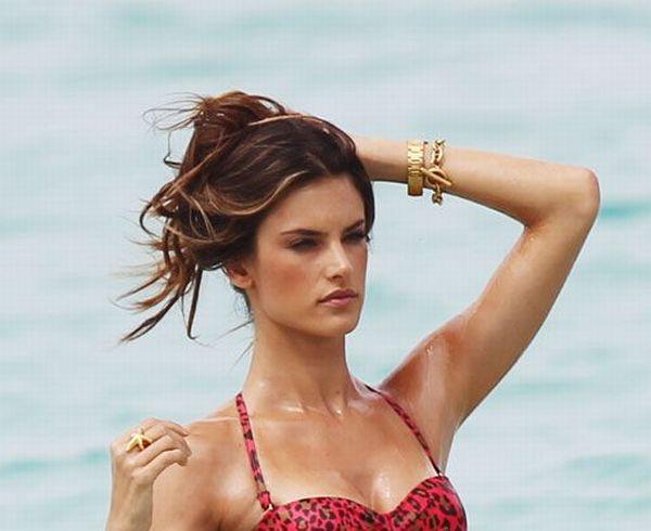 Alessandra Ambrosio Bikini Photoshoot  (13 pics)
