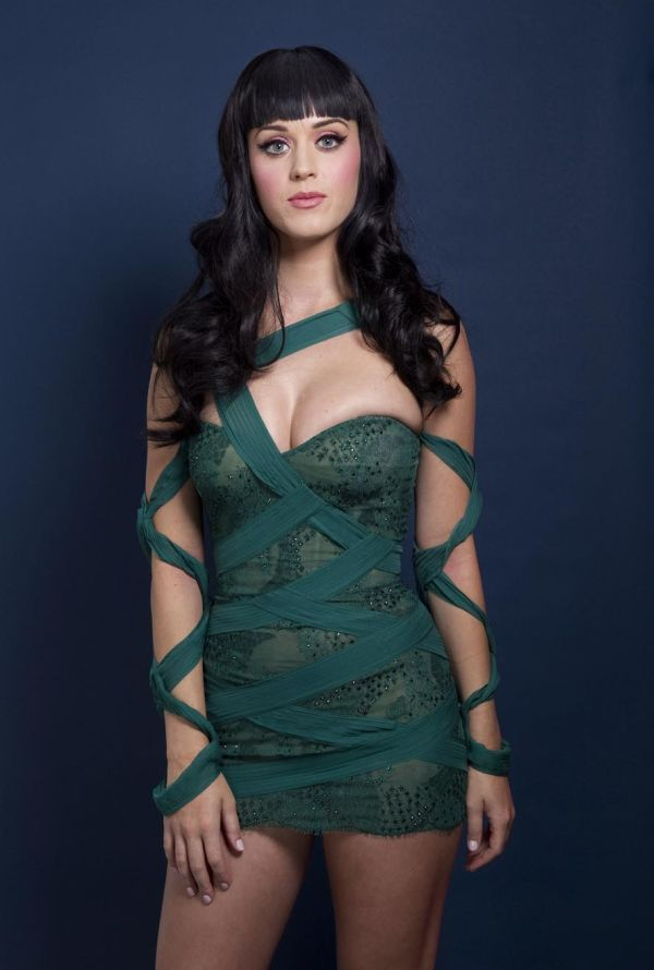 Katy Perry Looks Lovely (8 pics)