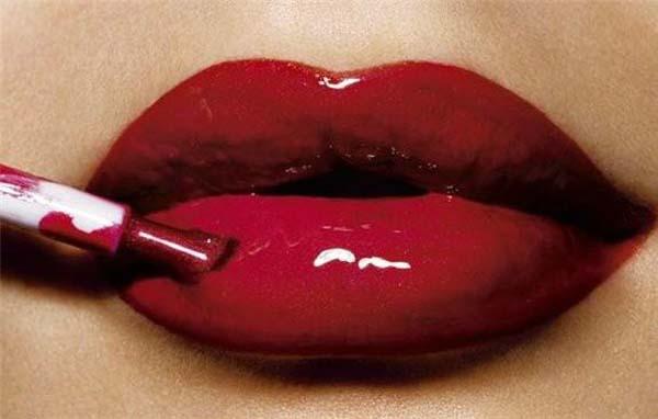 Lips (53 pics)