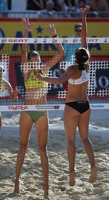 Beach Volleyball Girls (28 pics)