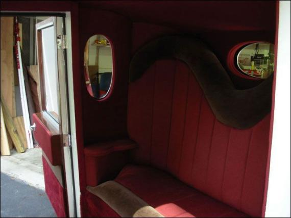 Very unusual wedding limo (19 pics)