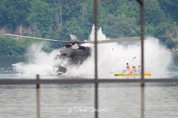 Helicopter Crash in Italy (7 pics)