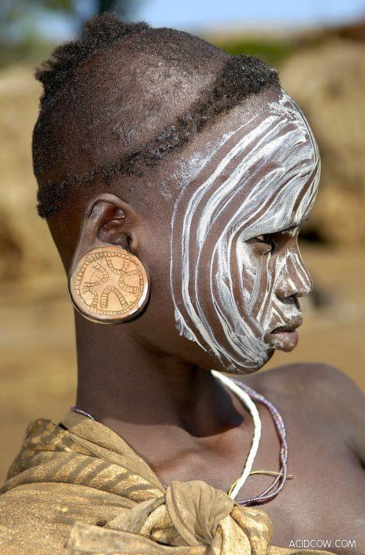 Ethiopian Plate Tribe (20 Pics)