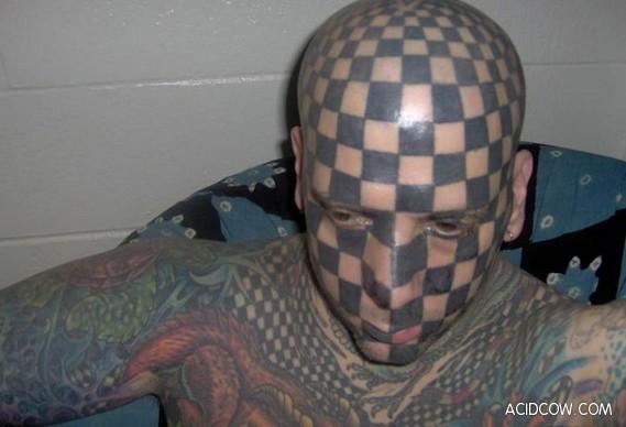 Chessboard Face Tattoo (7 pics)