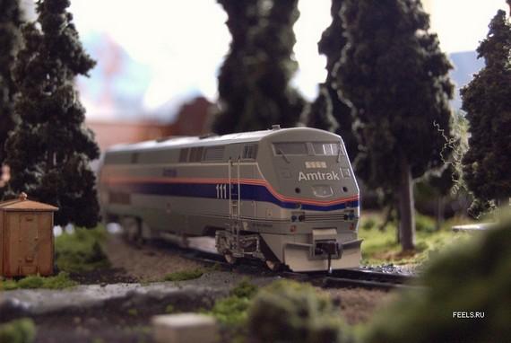 Scale Model Train and Model Railroad (54 pics)