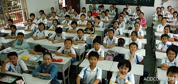 Schools in China are Overcrowded (7 pics)