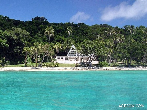 Island for sale (39 pics)