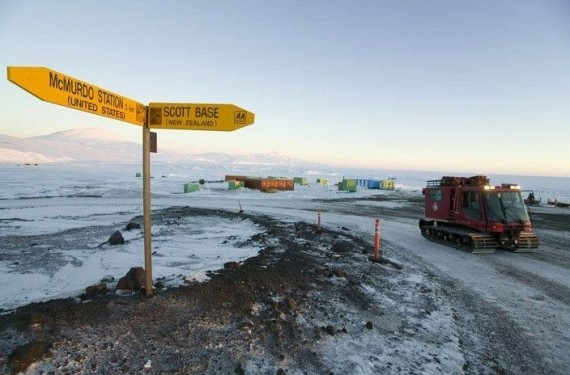 Trip to the Antarctic Region (38 pics)