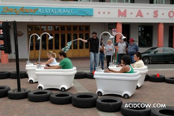 Bath-Car Races (19 pics)