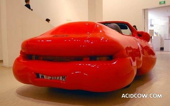 Inflatable Porsche (7 pics)