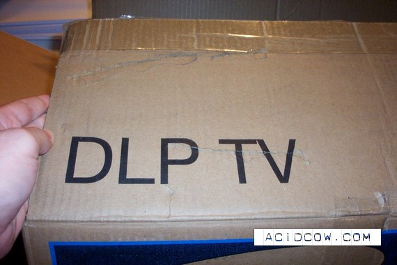 A good TV isn`t it? (6 pics)