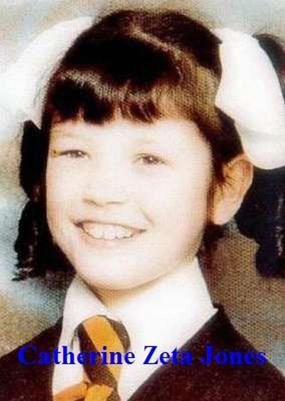 Fotos de Famosos cuando no eran famosos en su mayoria eran niños¡ 48