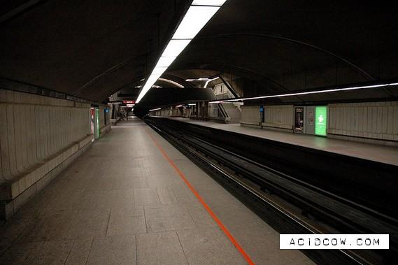 Montreal Metro (30 pics)