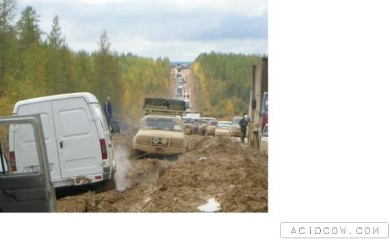 Russian Roads (19 pics)