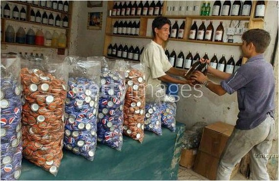 Pictures of Factory making Fake Pepsi, Coke...