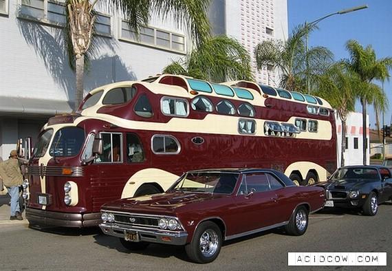 Three Level Bus (10 pics)