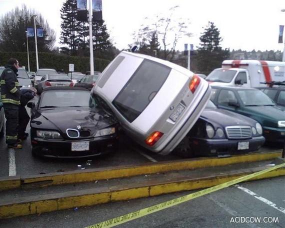 Good parking (2 pics)