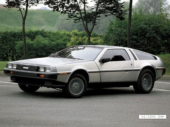 Back to the Future Car (17 pics)