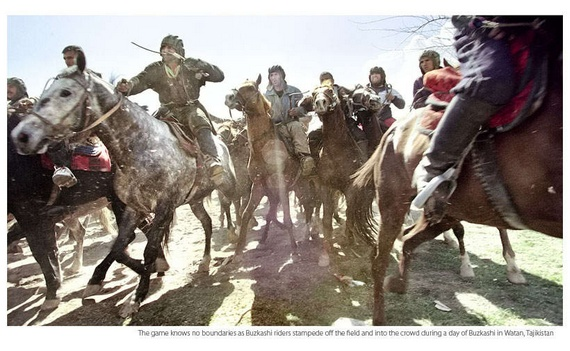 National Afghani game of Buzkashi (17 pics)