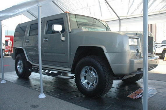 Phanom Hummer, two cars in one (7 pics)