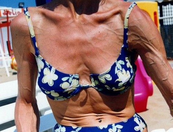 Bodybuilders on pension. Payment for the past...