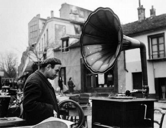 Masters of Photography: Robert Doisneau