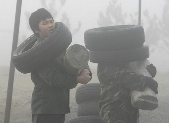 Kids military training in South Korea (7 pics)