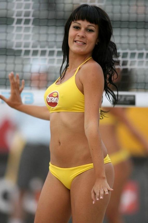Beach Volleyball Girls (75 pics)