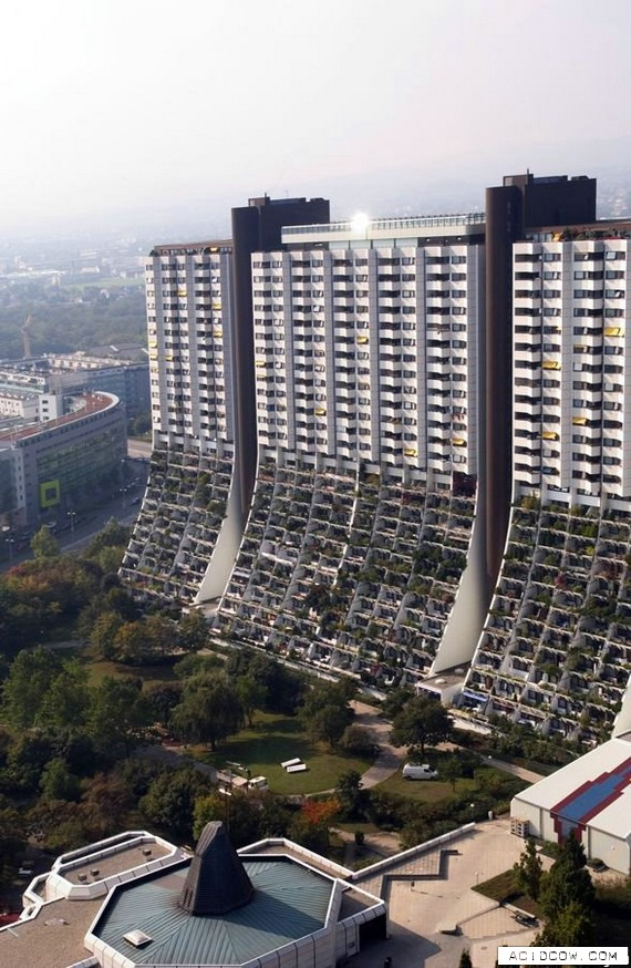 The world's nicest social-housing complex? (19 pics)