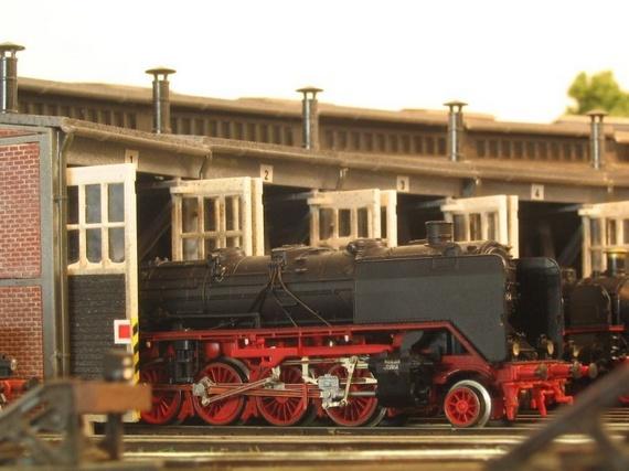 Scale Model Train and Model Railroad Part 2
