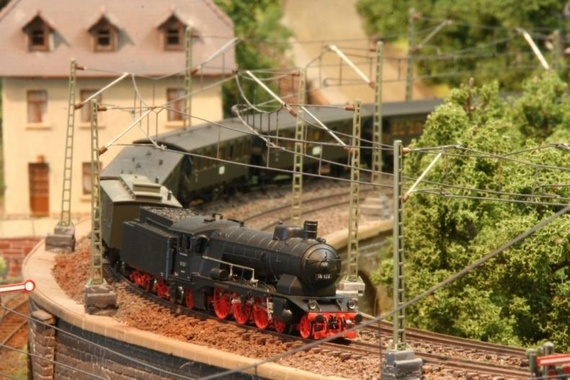 Scale Model Train and Model Railroad Part 2
