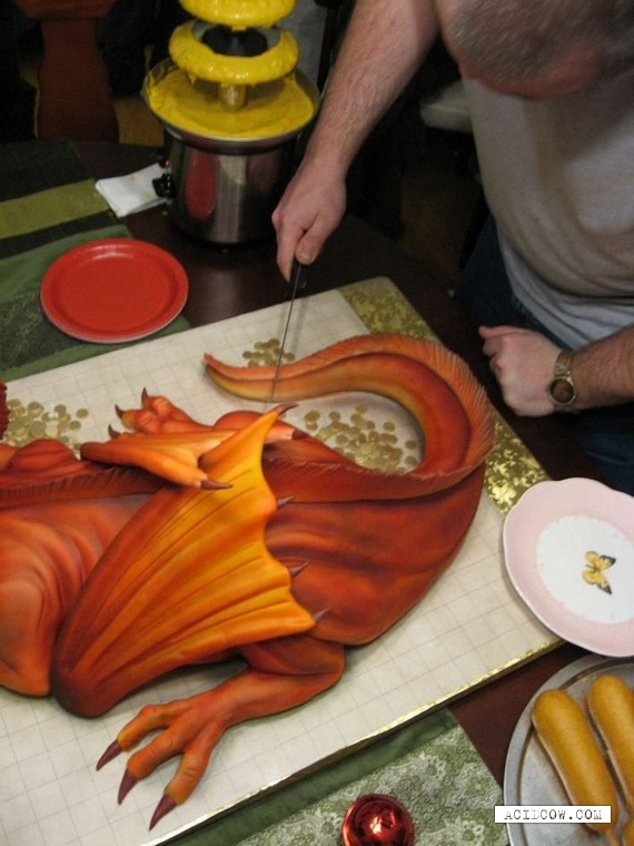 A dragon made of cake... Seriously ) (20 pics)