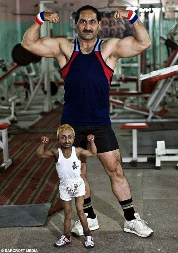 The World's Smallest Muscleman (5 pics)