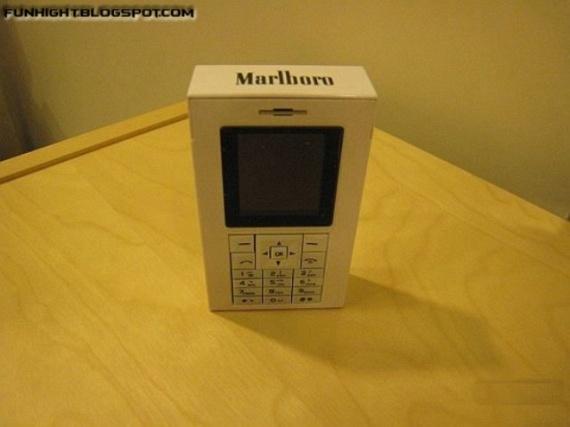 Marlboro Cigarette Box Mobile Phone (8 pics)