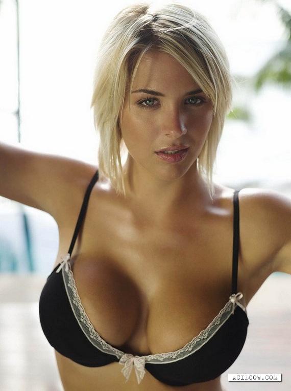 Sexy Gemma Atkinson (105 !!! pics)