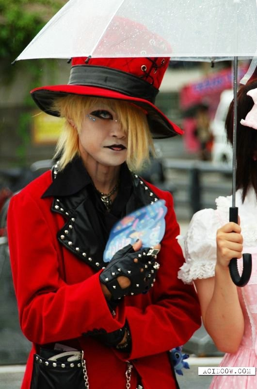 Street fashion in Japan (60 pics)