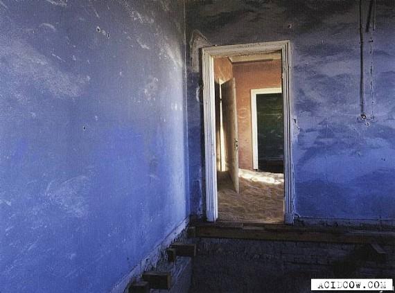 Kolmanskop - Ghost Town in the Desert (18 pics)