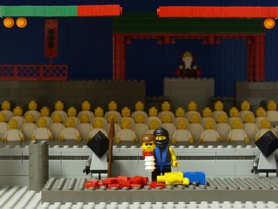 Lego video game scenes (12 pics)