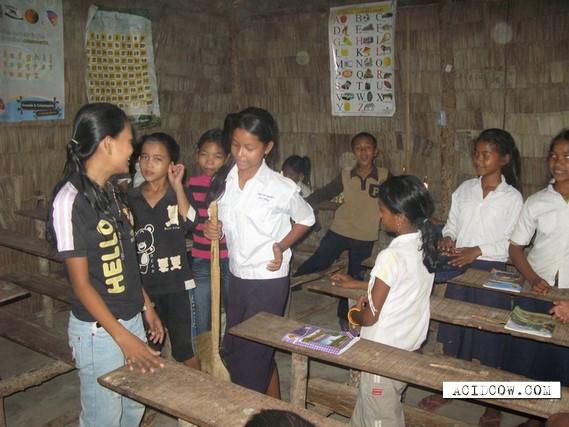 Some shots from Vietnam school (5 pics)